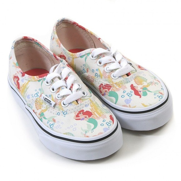 cbf31570c29e Authentic Disney