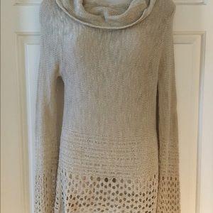 Woman's lightweight sweater