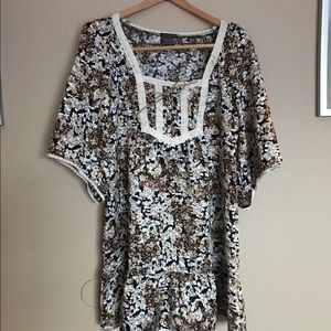 Fire Los Angeles Tops - Fire Los Angeles large floral & lace tunic shirt