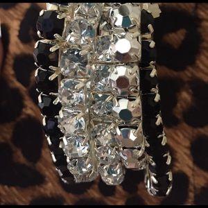 J. Crew Jewelry - 🖤 NWT Stone set of 5 stretch fashion bracelets