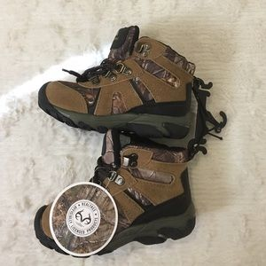 Realtree Ozark Trail Other - Realtree Ozark Trail Boy's Sz 12 Camouflage Boots
