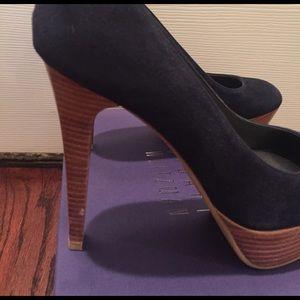 04fdef146a5 Stuart Weitzman Shoes - Stuart Weitzman