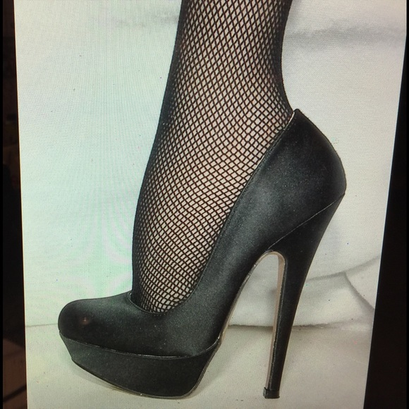 59946df377 XXI forever 21 Shoes | Fetish Black 6 Inch Xxi High Heels Size 55m ...