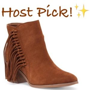 Kenneth Cole Shoes - ✨NIB✨ Kenneth Cole Brown Suede Fringe Booties