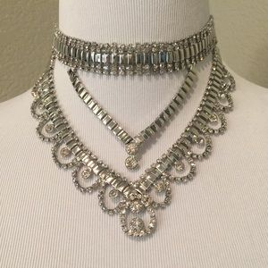 Jewelry - Silver tiered Statement necklace