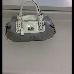 Coach Handbags - Vintage Coach bag