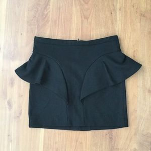 Zara/trafaluc mini skirt