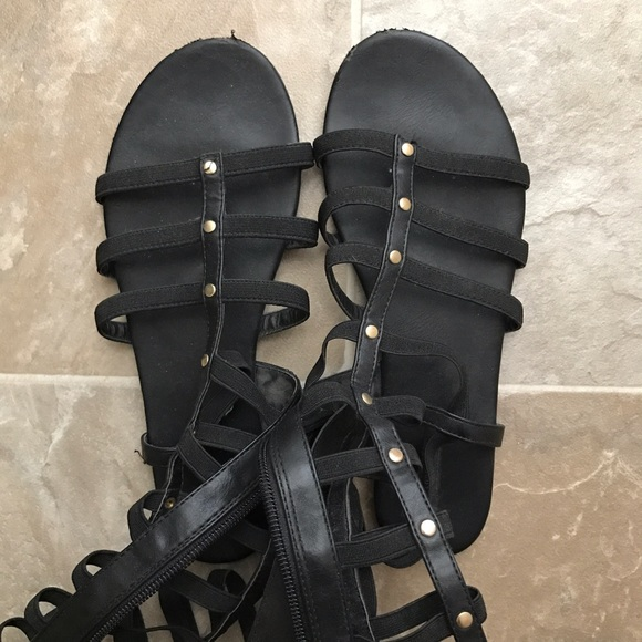 Forever 21 Shoes - 🌟Closet Closing!🌟