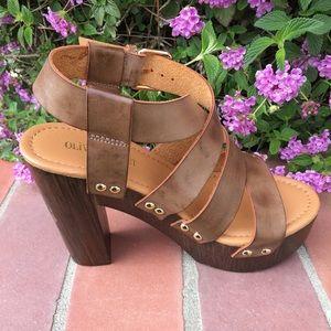 shoeroom21 boutique Shoes - Ladies wood heels ankle buckle straps sandal brown