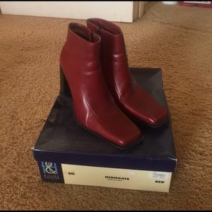 Hillard & Hanson Shoes - Red Heel Boots