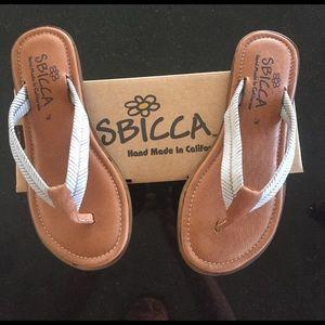 Sbicca Shoes - Sbicca flip flops
