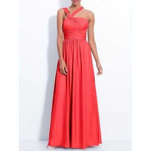 MONIQUE LHUILLIER coral twist shoulder satin gown