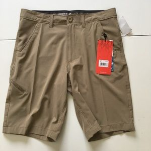 ZeroXposur Other - NWT Tan Hybrid Shorts