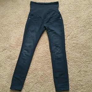 A Pea in the Pod Denim - Fade to blue small skinny jeans