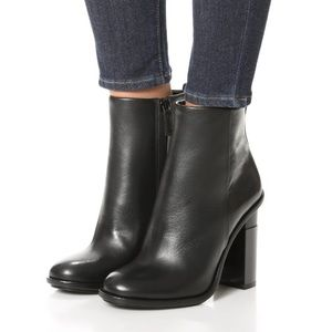 Tory Burch Shoes - NEW🎈 TORY BURCH BOOTIE