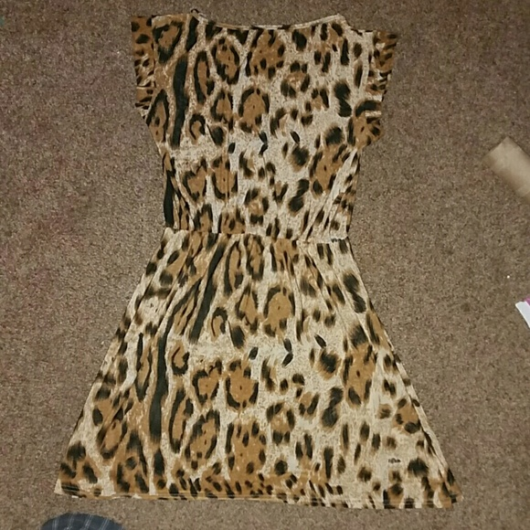 Dresses - *Adorable Leopard Dress!*