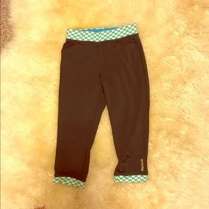 Nike Pants - Like New Reebok Capri Leggings