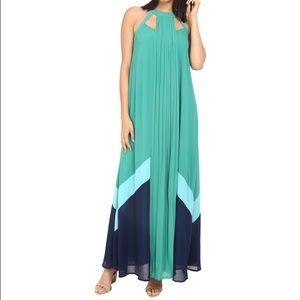 adelyn rae Dresses & Skirts - Adelyn Rae Illusion Yoke Lace Fit & Flare Dress.