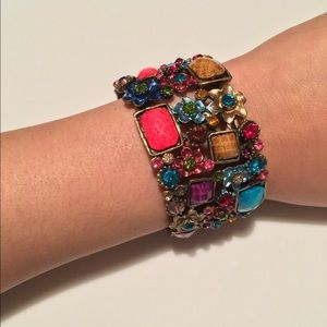 Jewelry - SUPER SALE!!! Beautiful Jewels Bracelet
