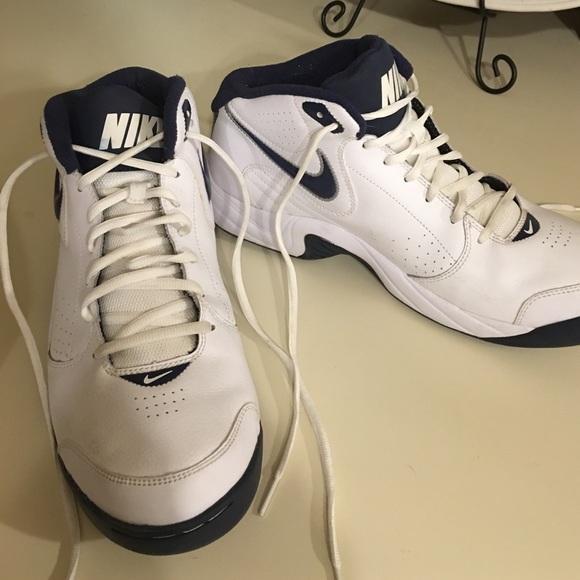 big sale 08b70 83d19 Men s Nike Shoes 11.5. M 58a50957b4188e782f035f41