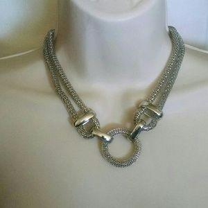 Jewelry - Beautiful silvertone unique necklace circle