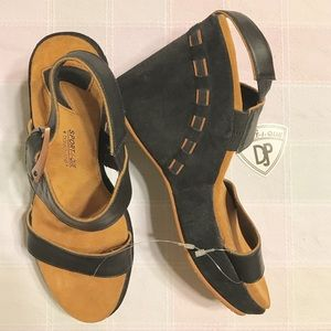 Donald J Pliner Sportique Platform Wedge Sandals