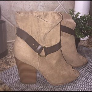 MIA Shoes - Brown open tie ankle boots