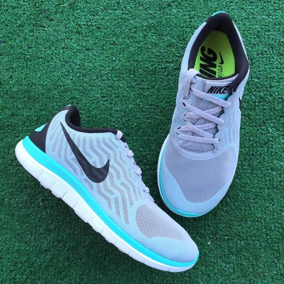 best sneakers 24714 778ec Nike free 4.0 women s gray Tiffany white sneakers
