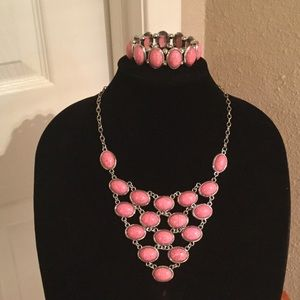 Pink howlite statement necklace and bracelet set