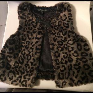 Lili Gaufrette Other - Lili Gaufrette girls faux fur vest. Size 5