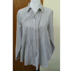 Lands' End Tops - Land's End Pinstriped  pleated button down top