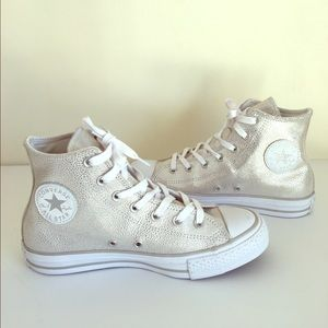 New converse leather silver high top