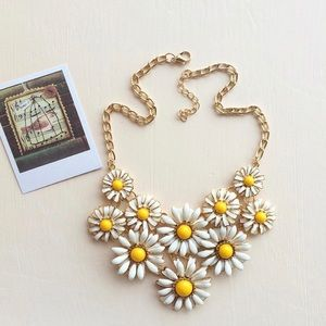 Sweet Chamomile Necklace!