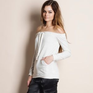 1HRSALE Off Shoulder Top with Pockets