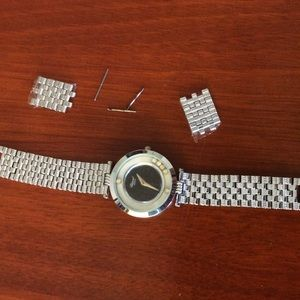 Accessories - Silver watch