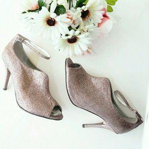 Caparros Shoes - Price Drop💰  Glitter/Sparkle Ankle Strap Pumps