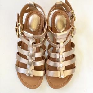 990d4dccfe68 Clarks Shoes - Clarks Artisan Strappy Leather Gladiator Sandal 7