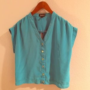 Bebe silk turquoise top