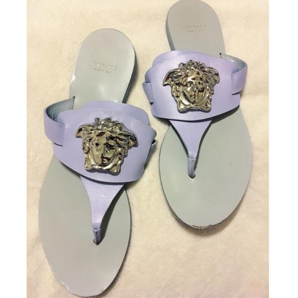 ed1723e856070 Versace Palazzo Flat Thong Sandals. M 58a53f754127d041b705d235
