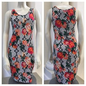 Hype Dresses & Skirts - Hype S floral tribal dress roses stretch bodycon