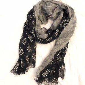 J. Crew Accessories - Jcrew linen scarf