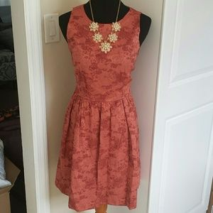 The Limited Dresses & Skirts - NWT The Limited Dusty Rose Jaquard Keyhole Dress