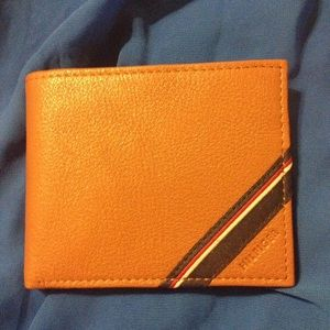 Tommy Hilfiger Other - NWT Tommy Hilfiger Leather Wallet