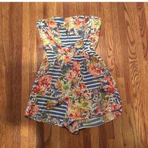 Pants - Strapless floral romper!