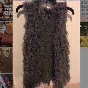 Jackets & Blazers - Shaggy gray vest
