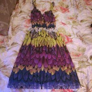 Lucy Love Dresses & Skirts - 🆕Stretch feather colorful dress!