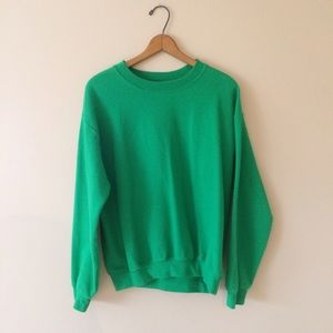 Gildan Tops - Green sweatshirt