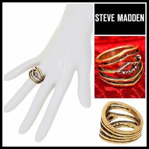 Steve Madden Jewelry - STEVE MADDEN STATEMENT RING