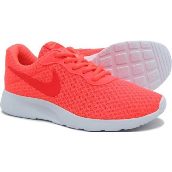 Authentic Coral Nike Tanjun Sneakers