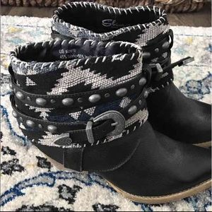 Sbicca Womens  Ankle Boots
